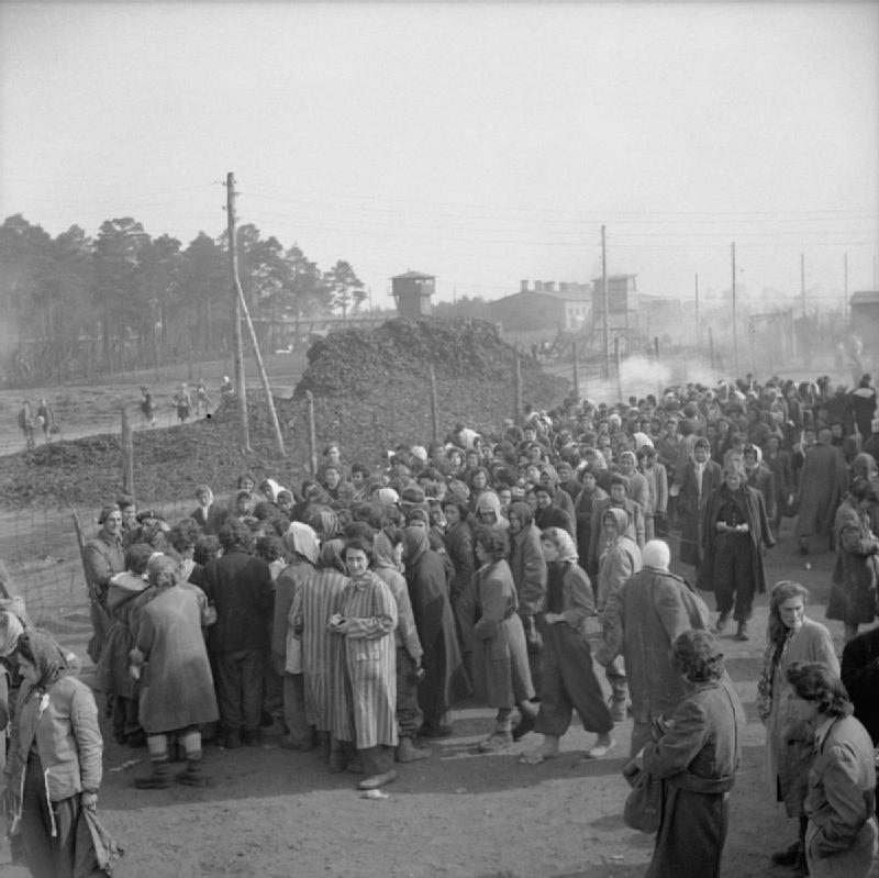 the liberation of bergen-belsen concentration camp april 1945 bu4013
